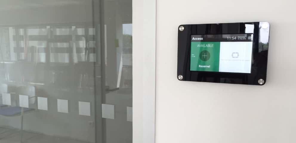 Wir stellen Ihnen eine neue  Lösung für Tablets vor – die MeetingRoomApp Rahmen